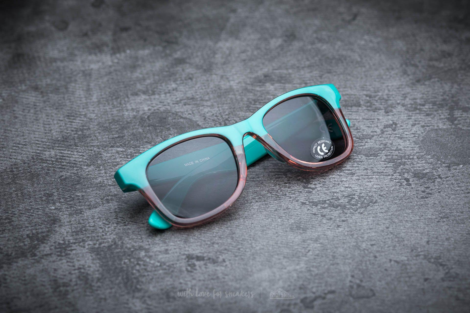 Vans Janelle Hipster Sunglasses Columbia-Pink Lady Translucent ... dec6ade2d18