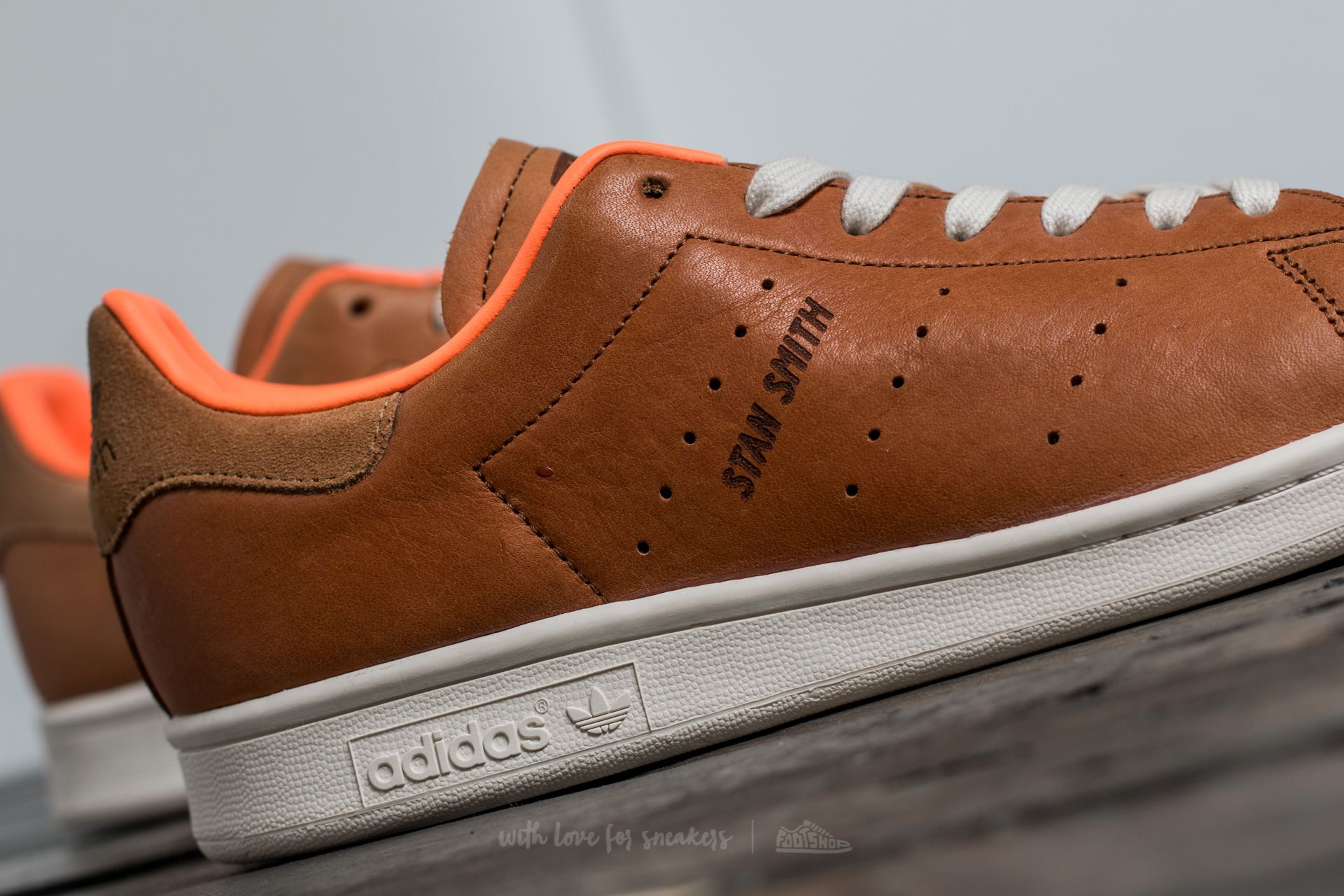 adidas stan smith camel homme