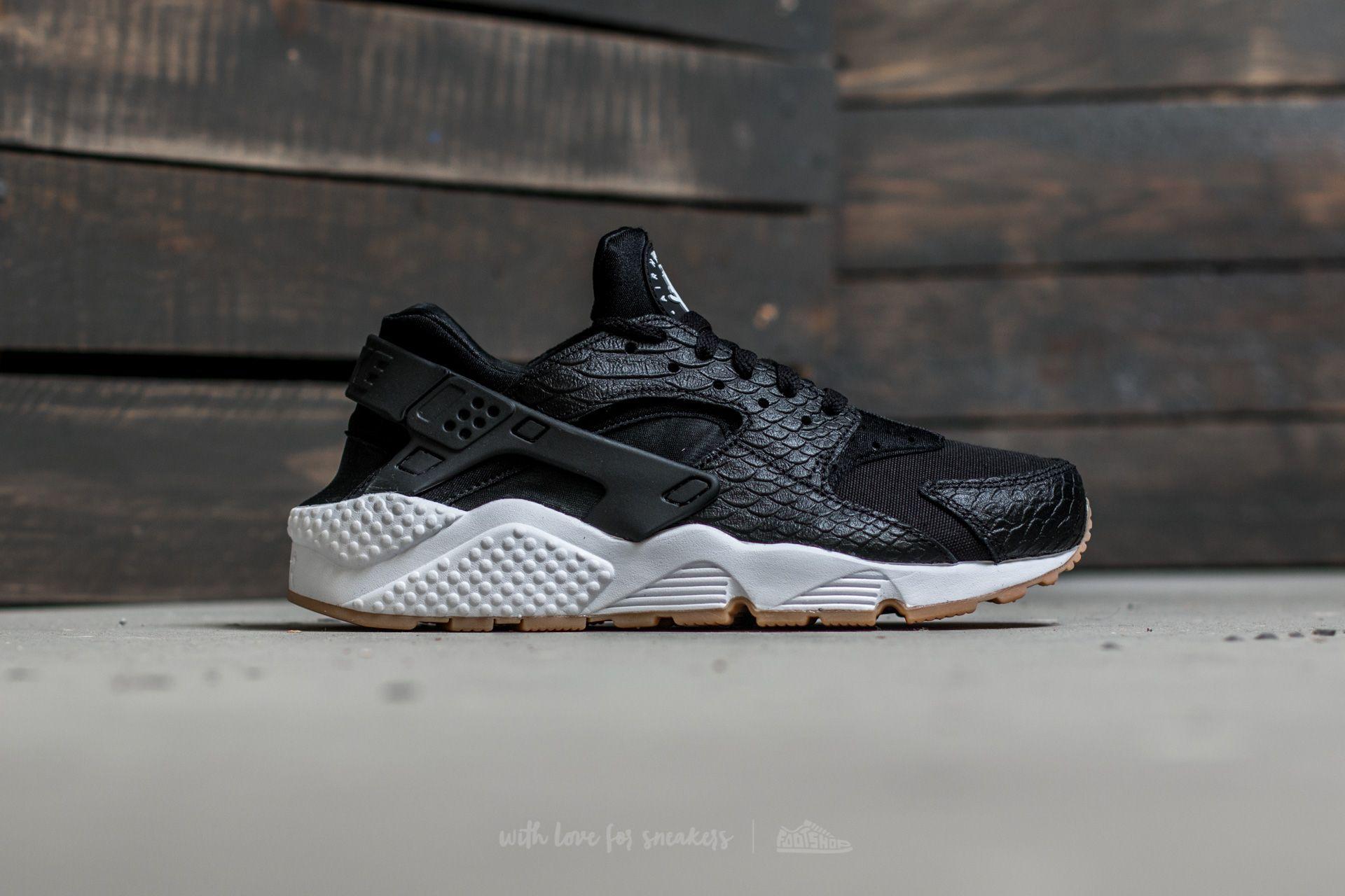 reputable site 85e3d dff02 ... Nike W Air Huarache Run SE Black Black-Gum Yellow-White at ...