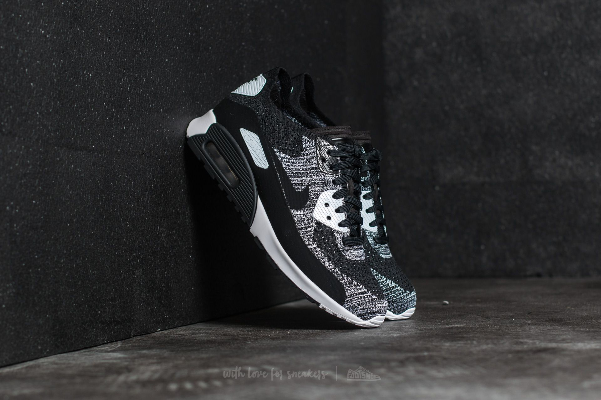 Nike W Air Max 90 Ultra 2.0 Flyknit Black  Black-White-Anthracite ... ff6831f014