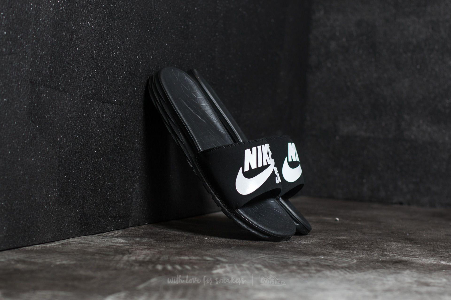 separation shoes dcd6e 0427c Nike Benassi Solarsoft SB Black/ White   Footshop