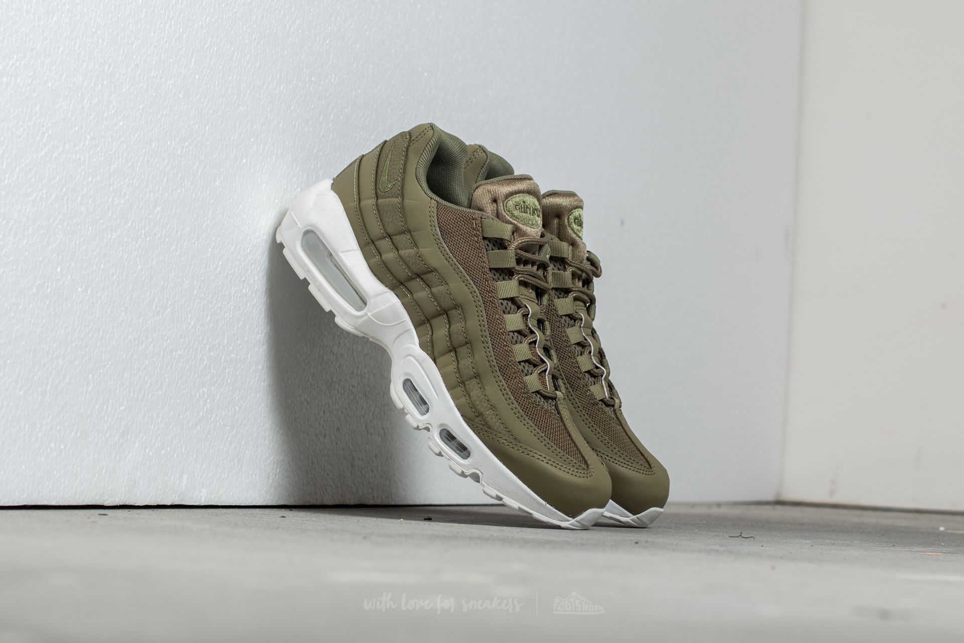 the latest 77054 95c1c NIke Air Max 95 Essential. Trooper  Trooper-Summit White