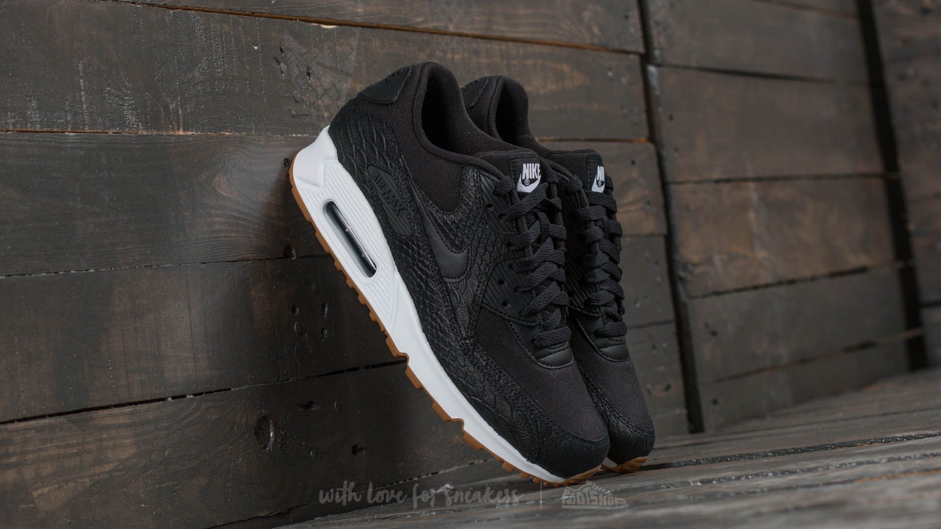 Nike AIR MAX 90 WOMENS PREMIUM BlackBlackWhite, Hype DC Exclusive