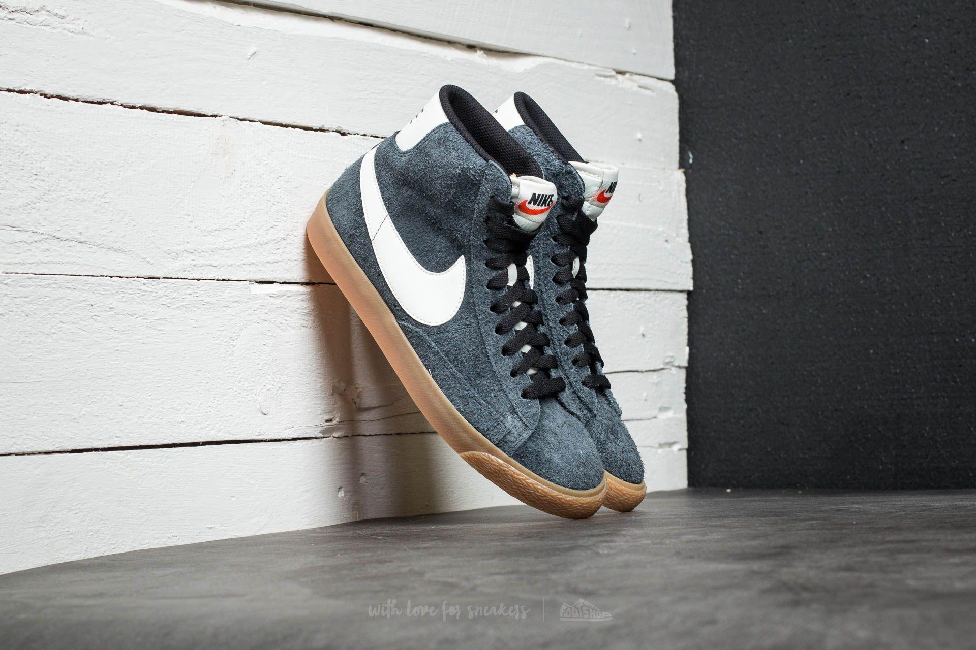 sale retailer 391da e9c7a Nike Wmns Blazer Mid Suede Vintage