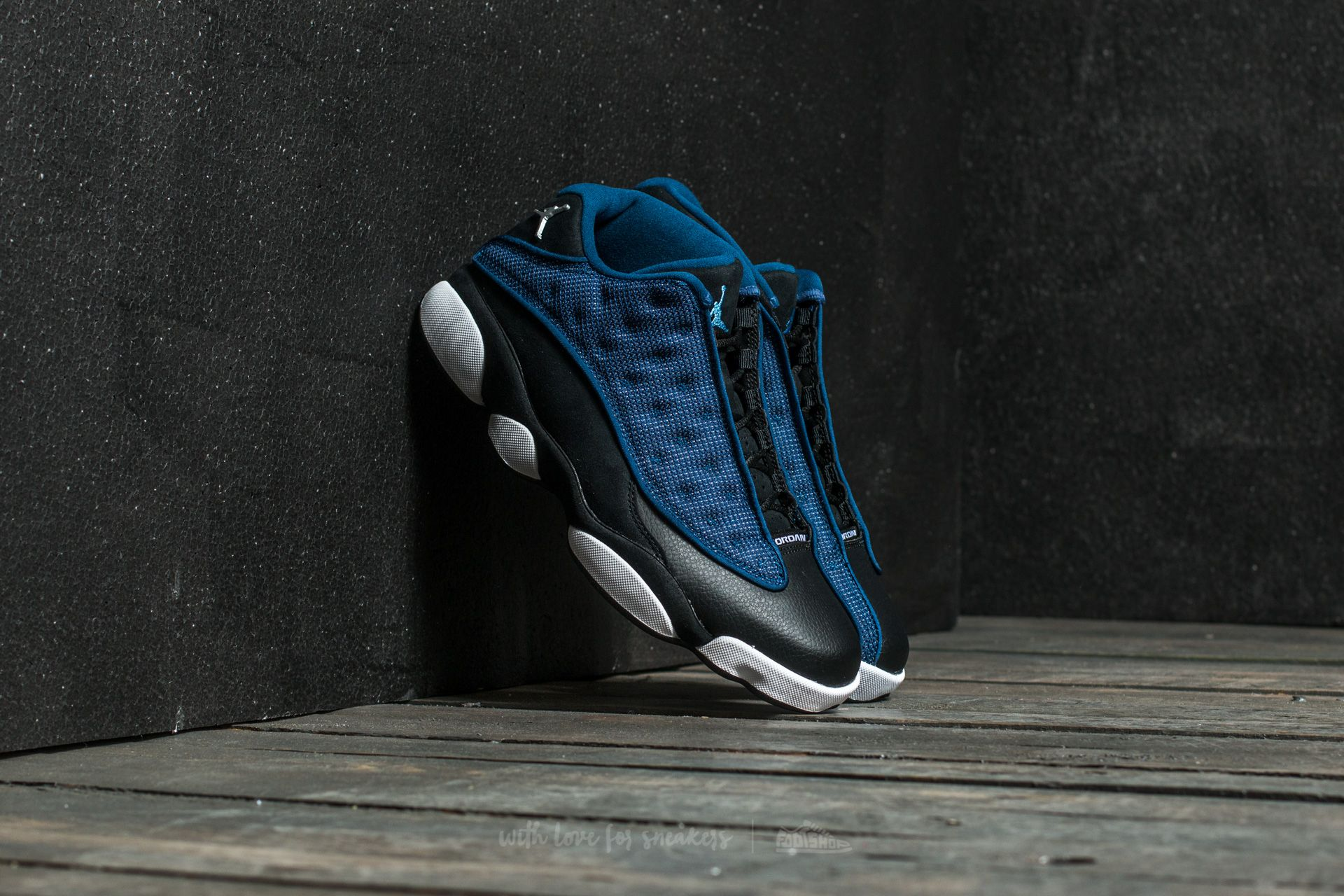7c309aa88e341b Air Jordan 13 Retro Low Brave Blue  Metallic Silver