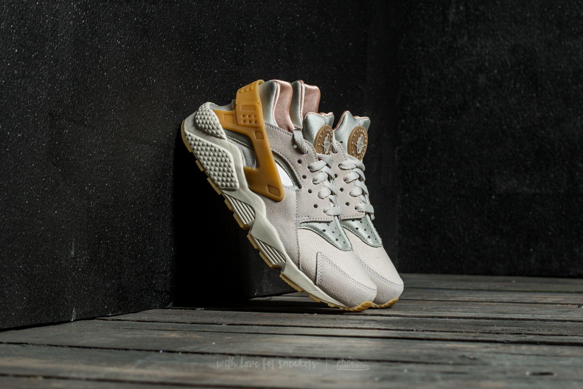 99234276047b Nike Air Huarache Run SE Phantom  Gum Yellow-Light Bone