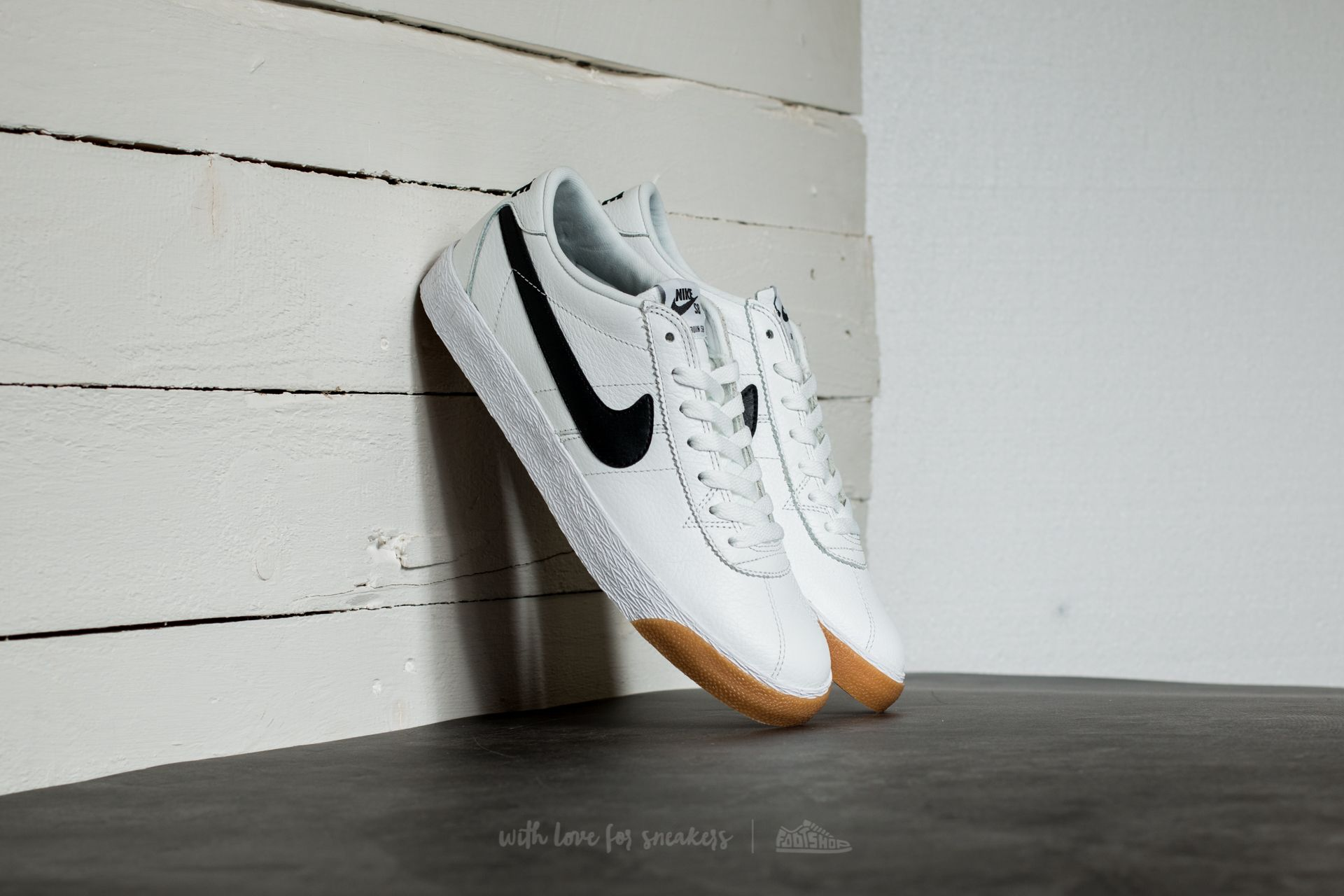 buy popular 1f22b 700f5 Nike SB Bruin Zoom Premium Se. Summit White  Black-White