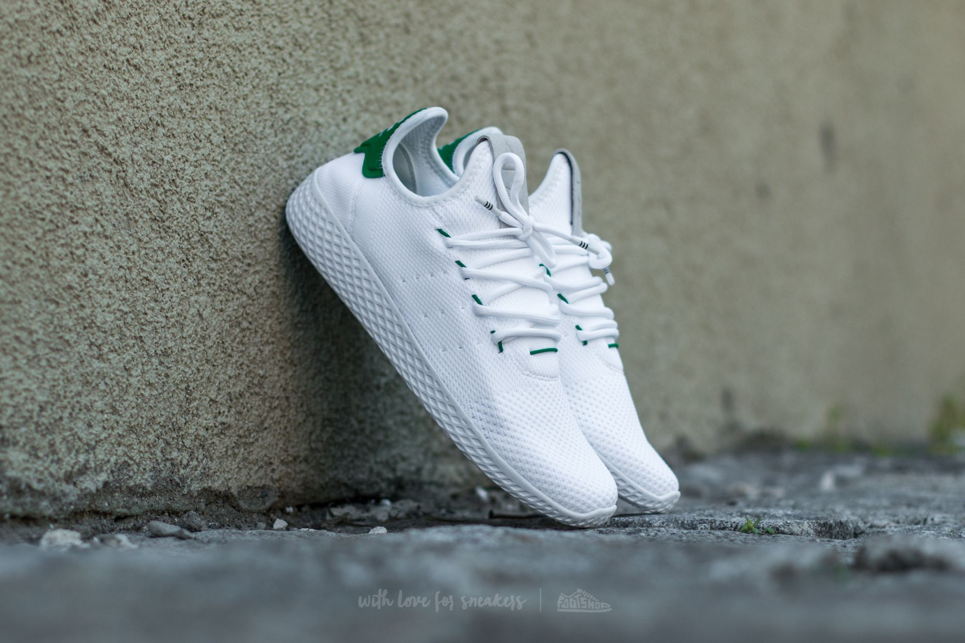 ff435b0cf adidas x Pharrell Williams Tennis HU Ftw White  Ftw White  Green ...