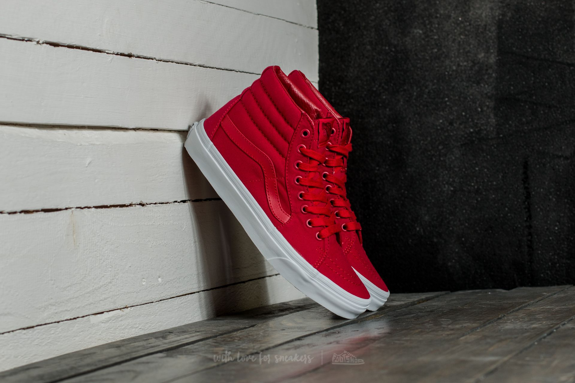 4ae71a0456fbc8 Vans Sk8-Hi (Mono Canvas) Chili Pepper  True White