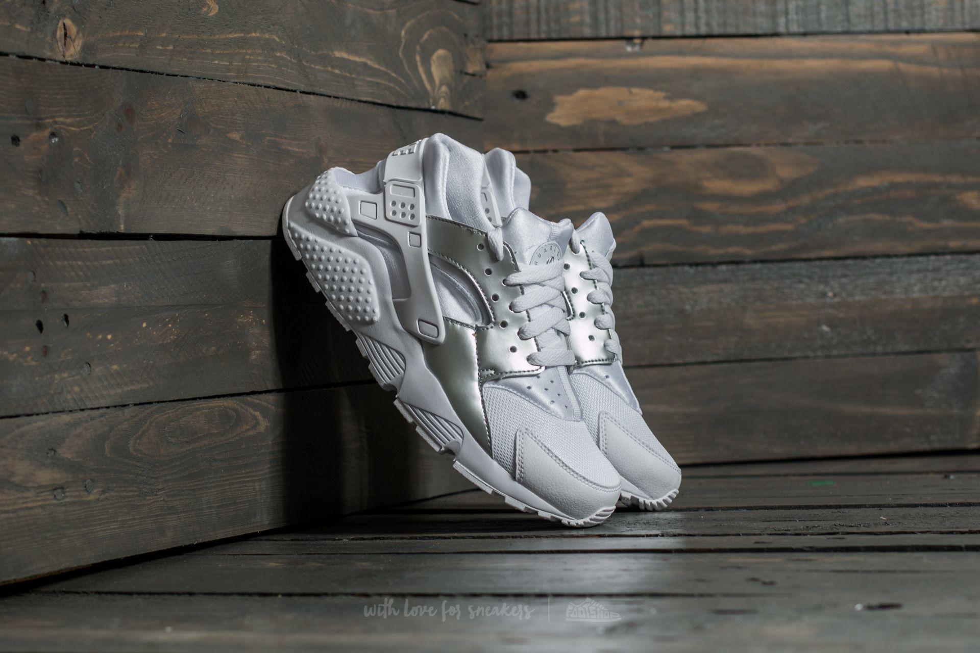 ea6fe4eac827d Nike Huarache Run (GS) White  Metallic Silver
