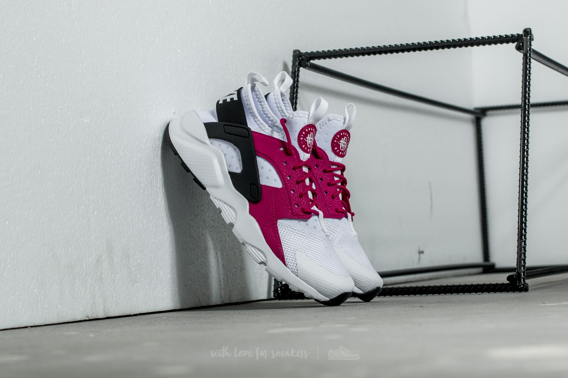 82391798b425 Nike Air Huarache Run Ultra (GS) White  Sport Fuchsia-Black