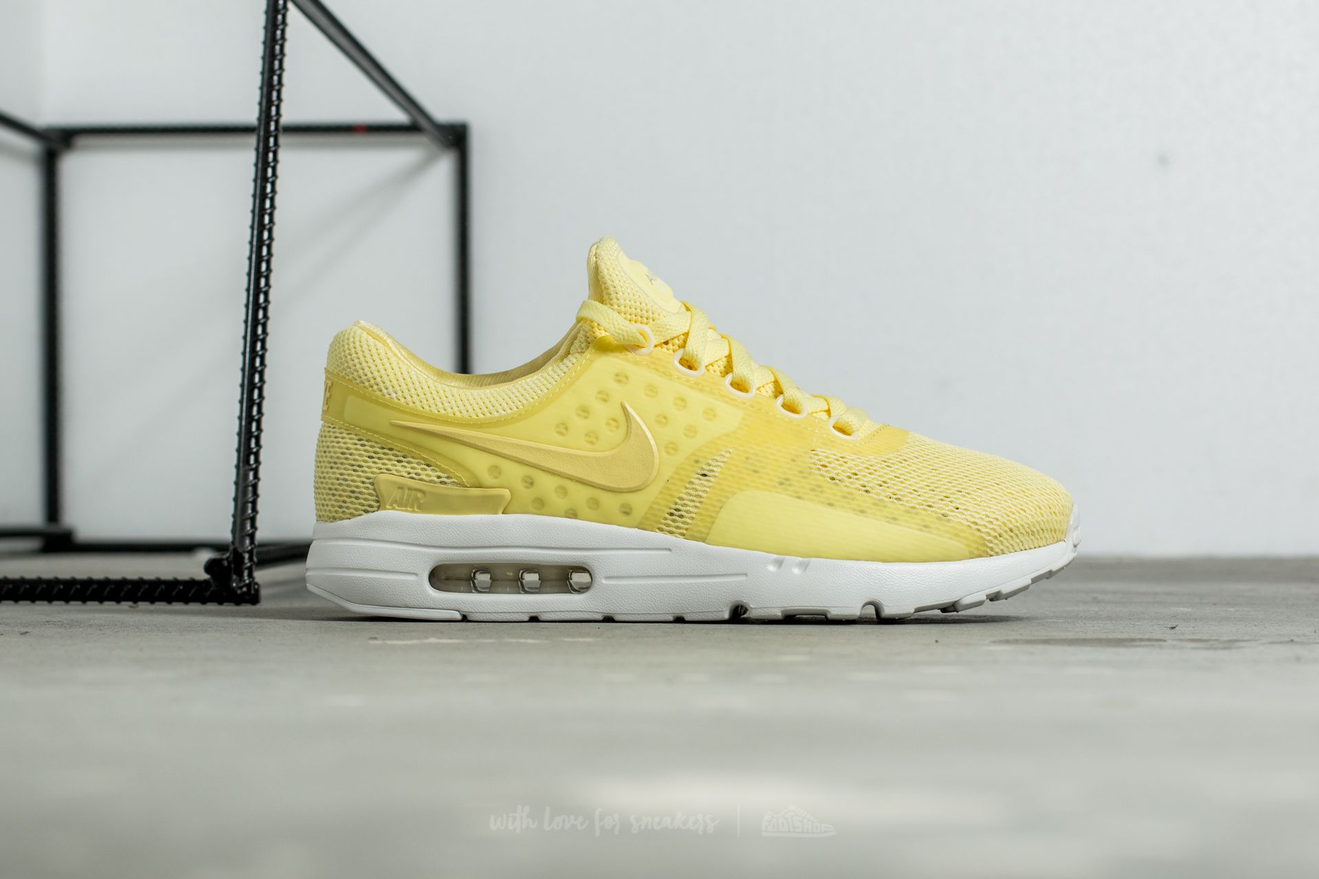 more photos 13e34 ec2c7 Nike Air Max Zero BR Lemon Chiffon/ Lemon Chiffon | Footshop