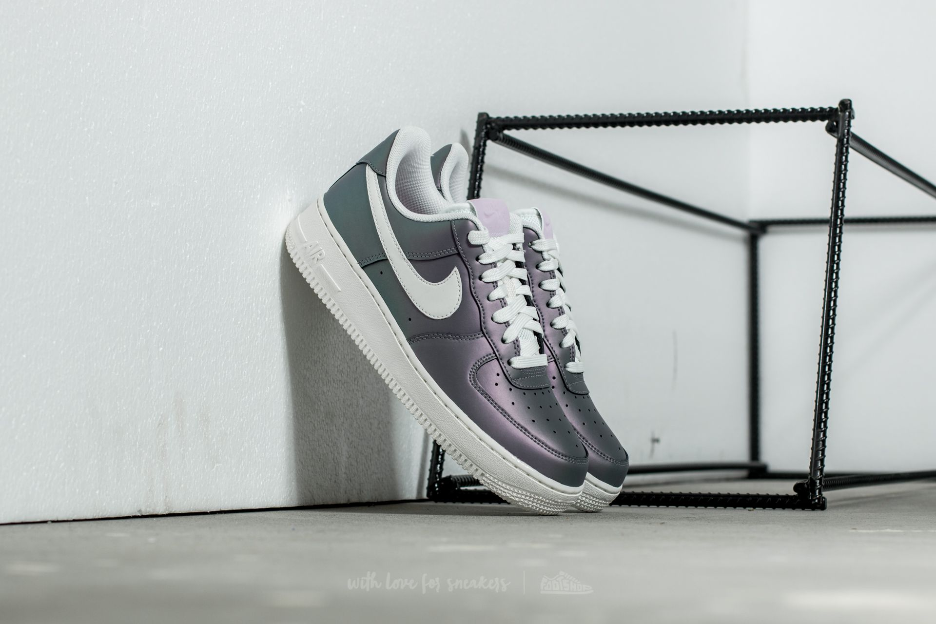 Nike Air Force 1´07 LV8 Iced Lilac Summit White Black   Footshop