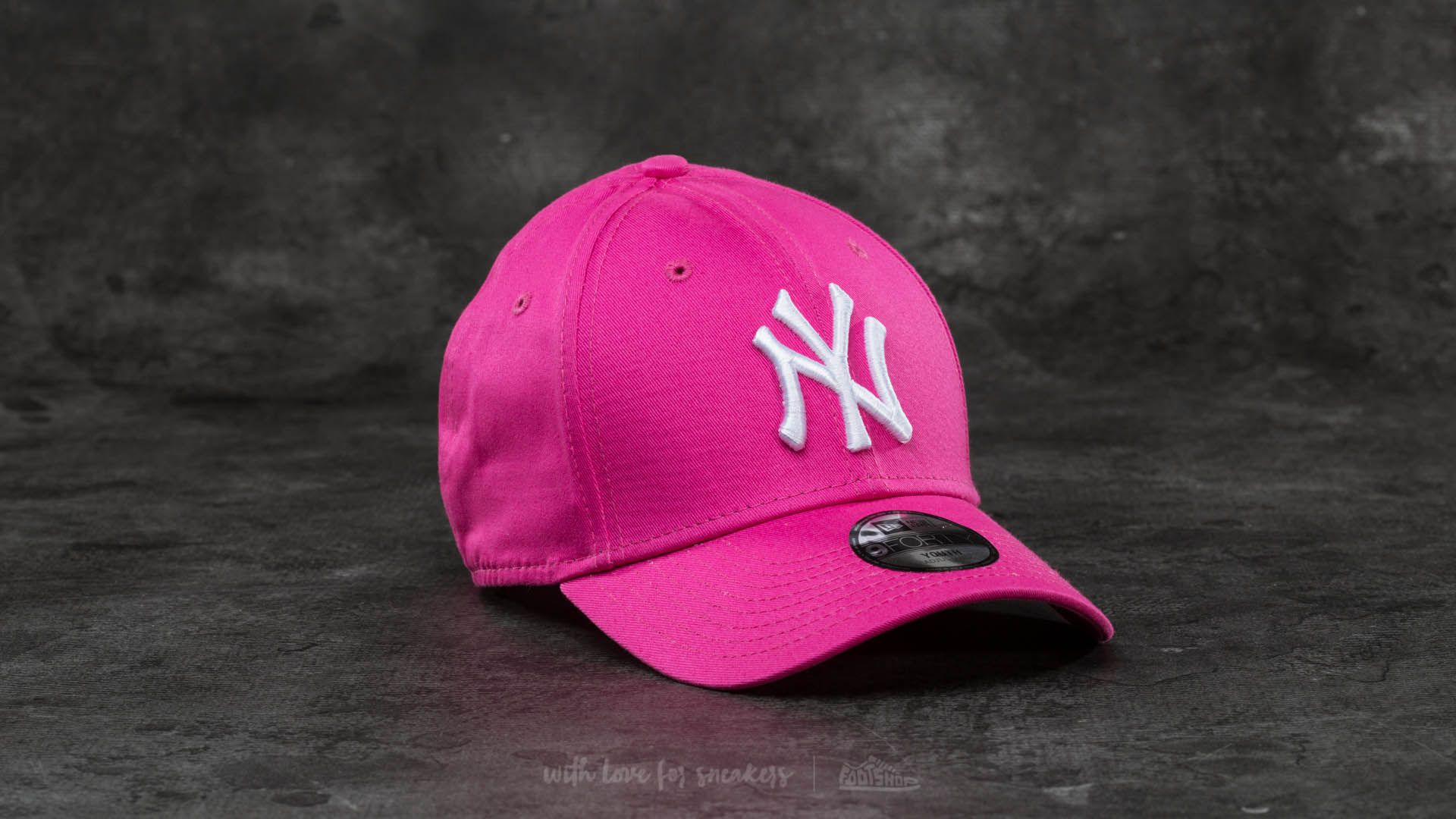New Era 9Forty Adjustable MLB League New York Yankees Cap Pink  White la un  preț c8dd6f739c