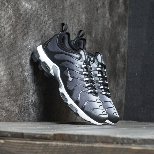 Nike Air Max Plus TN Ultra Black Metallic Silver | Footshop
