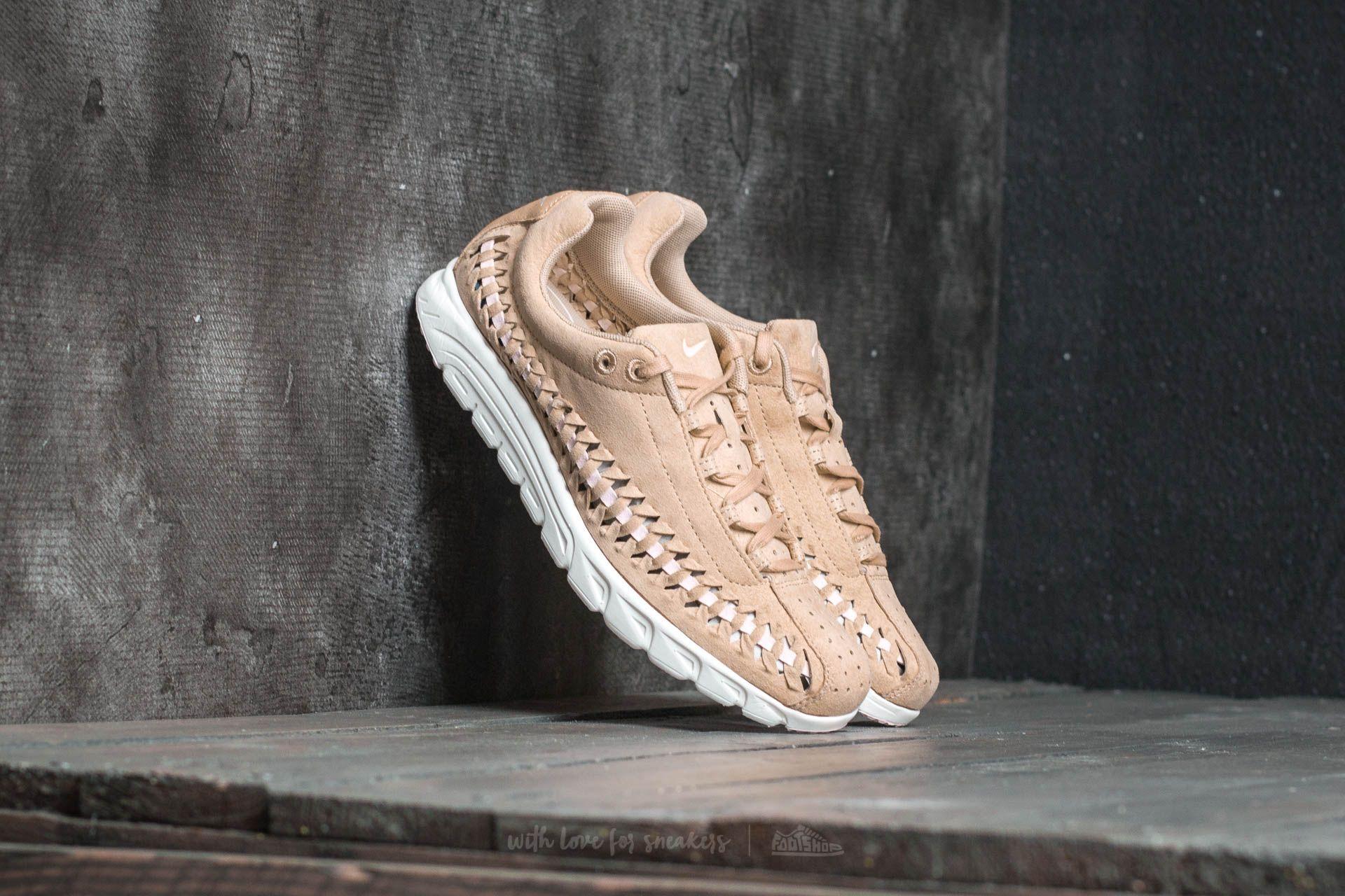 classic fit d812d 220c6 Nike Wmns Mayfly Woven. Vachetta Tan  Arctic Pink-Elm