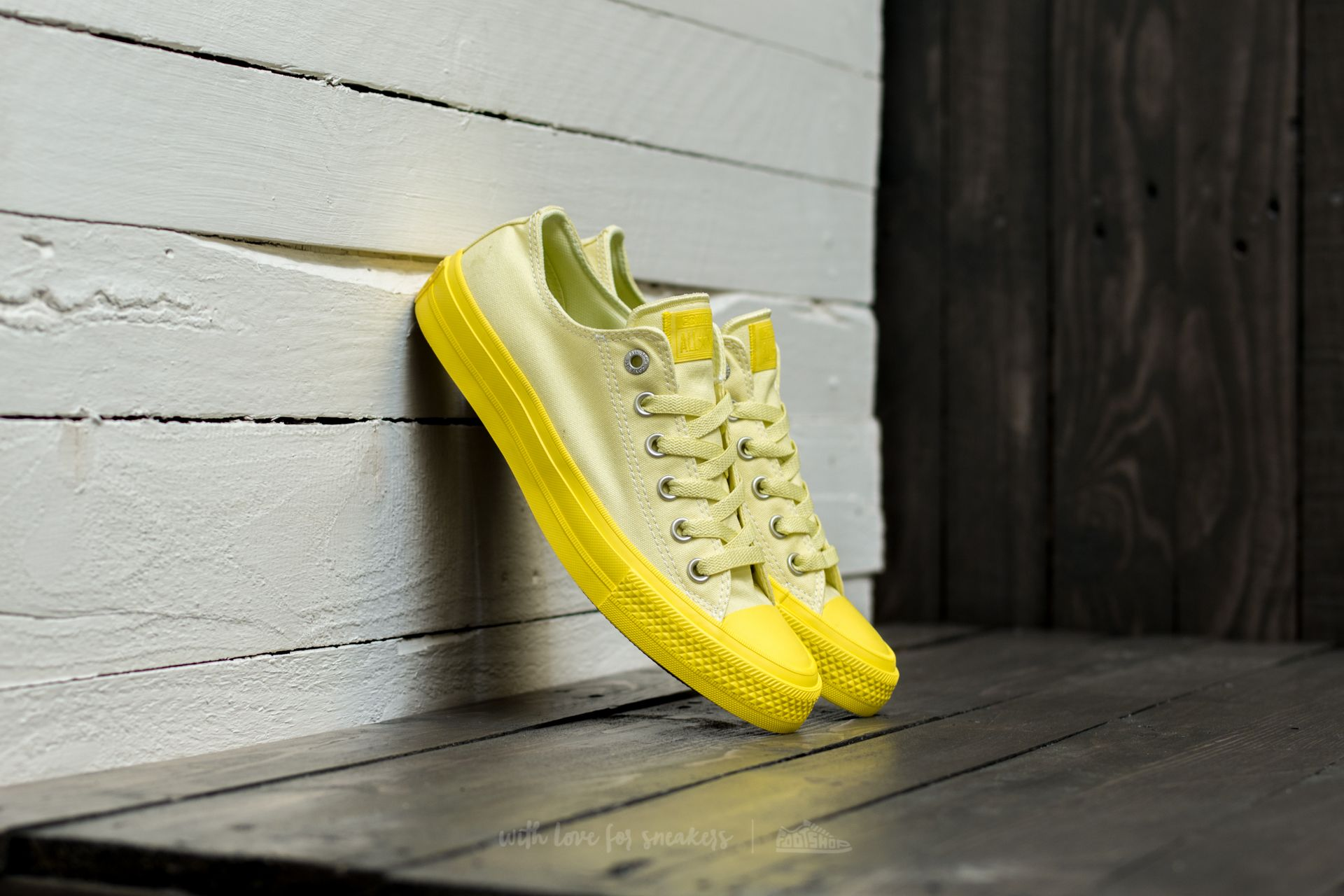 2f25c163b6a Converse Chuck Taylor Alla Star II OX Lemon Haze  Fresh Yellow ...