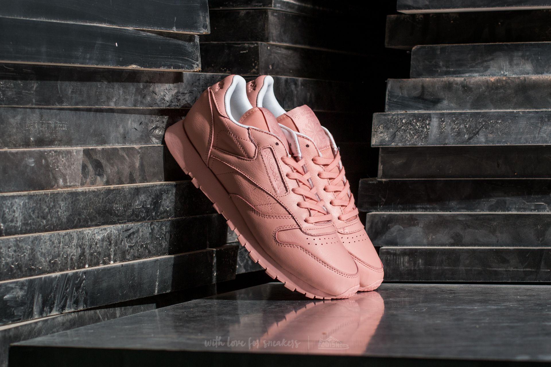 cbf1fc8dffe850 Reebok Classic Leather Pastels W Platina Pink  White