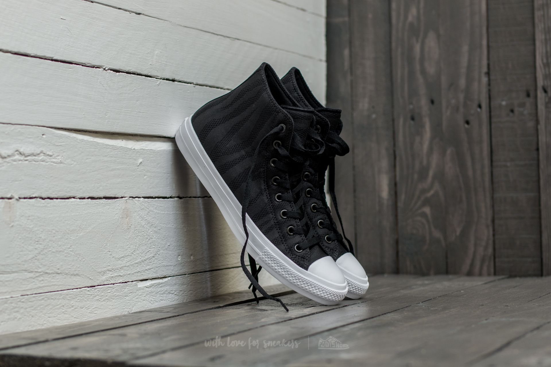 24c6a31ef Converse Chuck Taylor All Star II Hi Black  White  Gum