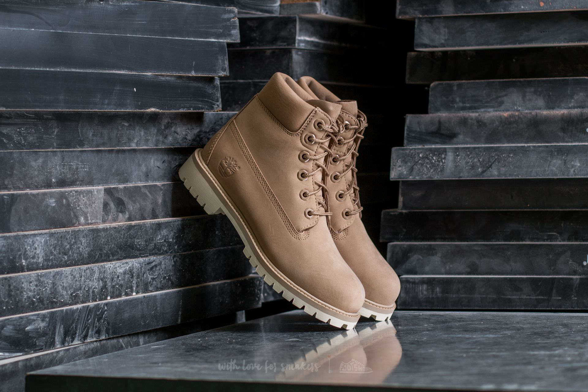 50d15f98be Timberland 6 In Premium Wp Boot Croissant | Footshop