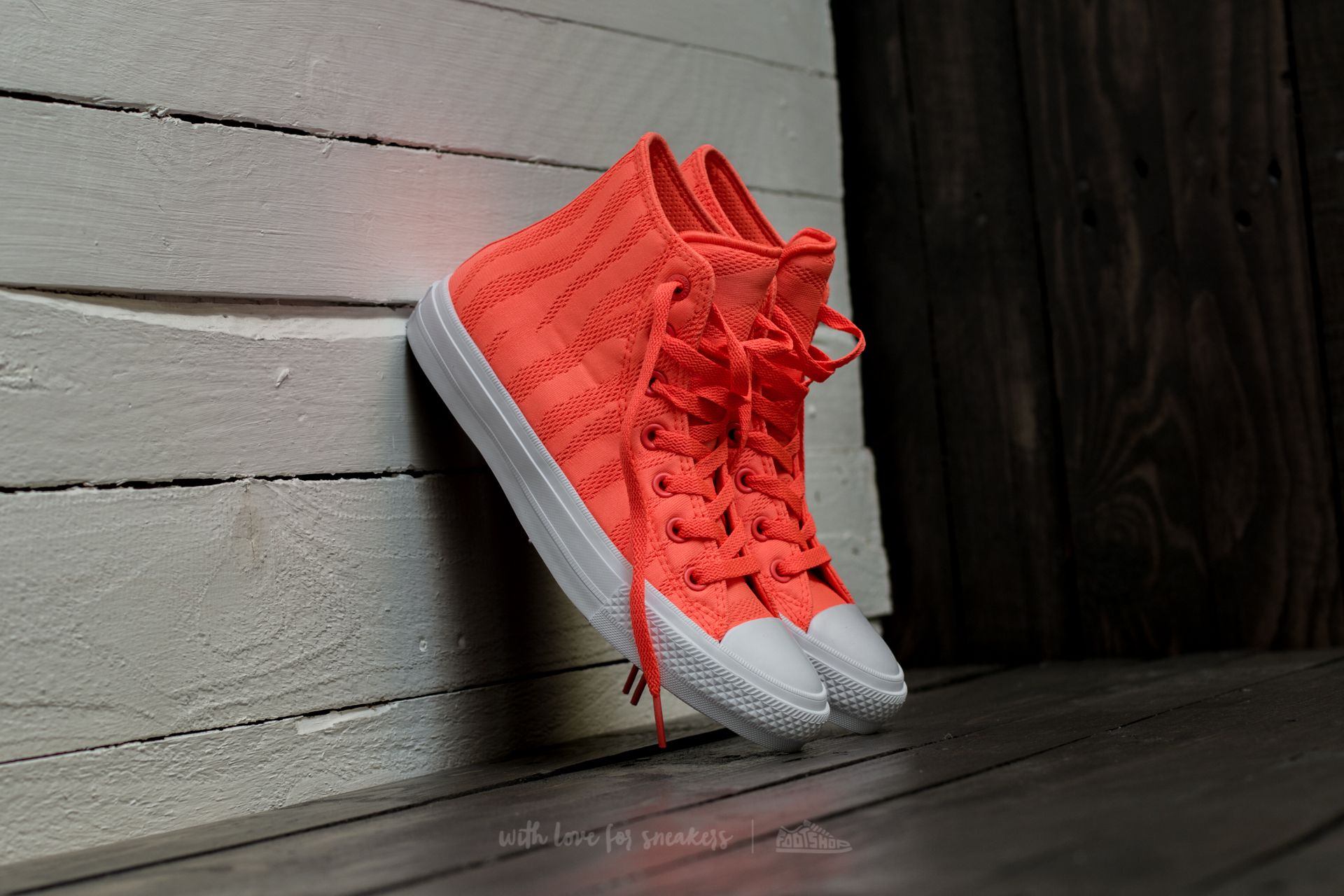Converse Chuck Taylor All Star II Hi Hyper Orange  White  Gum ... 16d463788