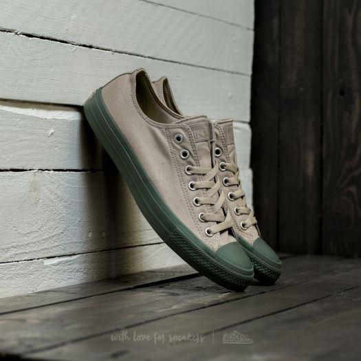 converse all star kaki