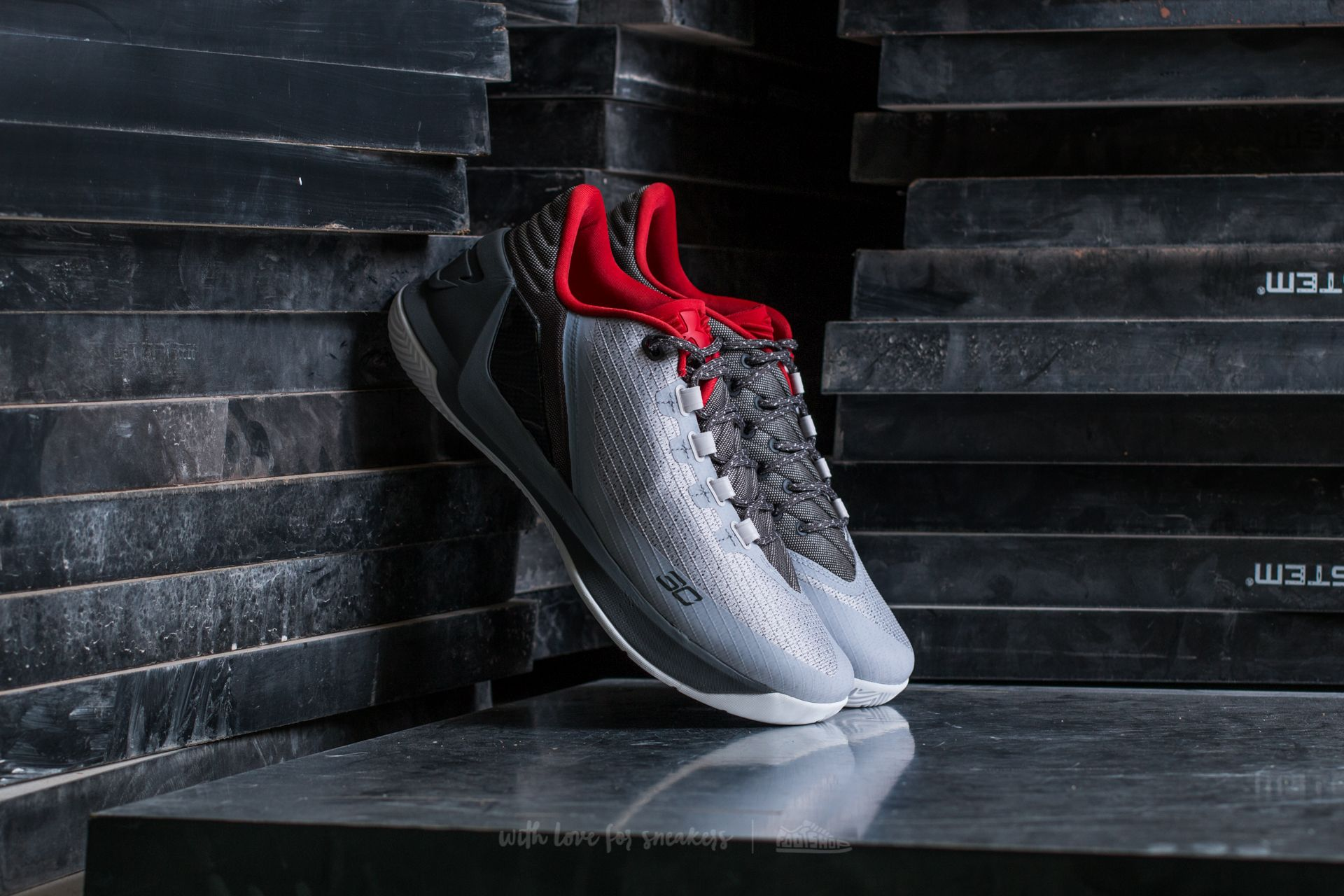 reputable site 499df 14e78 Under Armour Curry 3 Low Rhino Grey / Pomegranate | Footshop