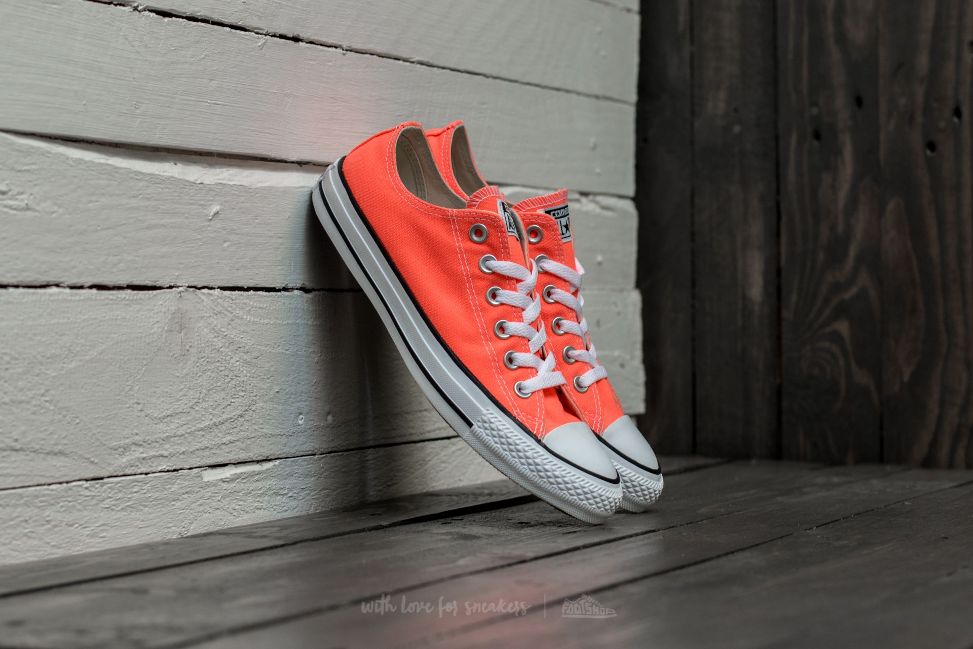 6710dd3f7d9dc ... converse all star orange Converse Chuck Taylor All Star Ox Hyper ...