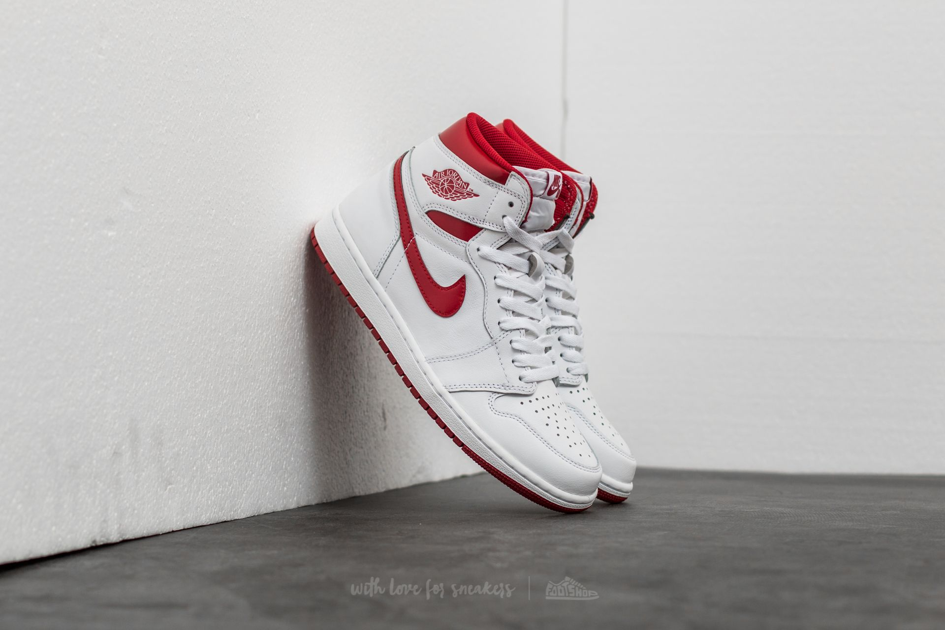 e89661e38db Air Jordan 1 Retro High OG 'Metallic Red' White/ Varsity Red | Footshop