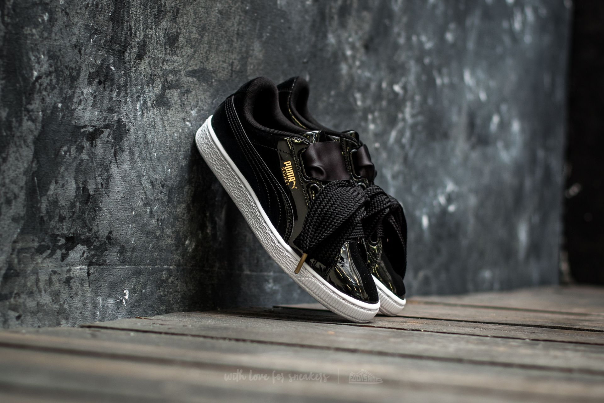 separation shoes e1d00 1ee40 Puma Basket Heart Patent Wn´s Puma Black-Puma Black | Footshop