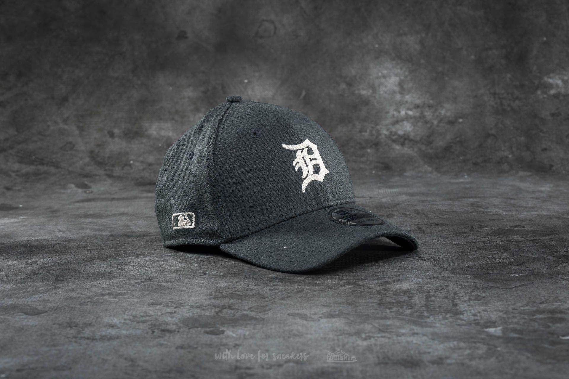 timeless design a8aaf 155ea New Era 39Thirty Chain Stitch Stretch Detroit Tigers Cap Black