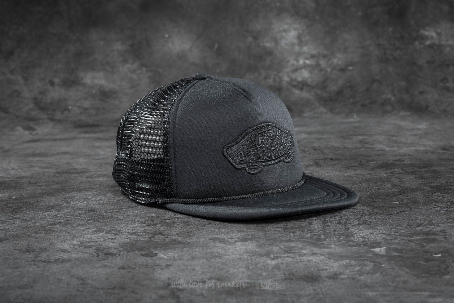 e19e3ab5 Vans Classic Patch Trucker Black at a great price $22 buy at Footshop