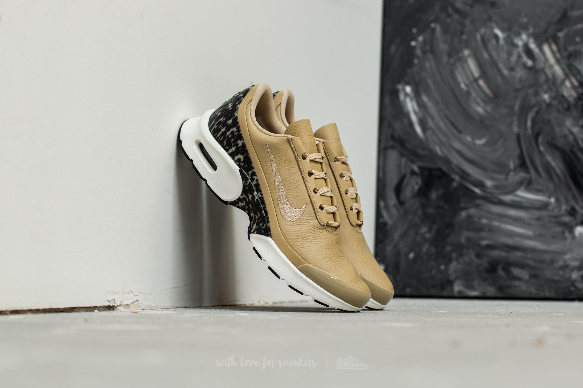 online retailer f26fc 64c10 Nike W Air Max Jewell LX