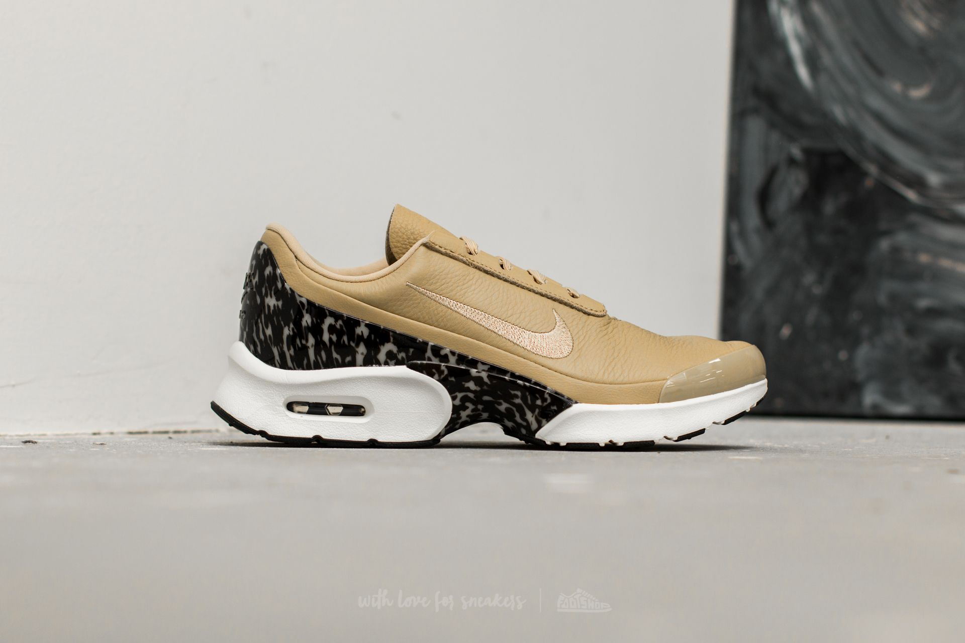 nike air max jewell lx beige
