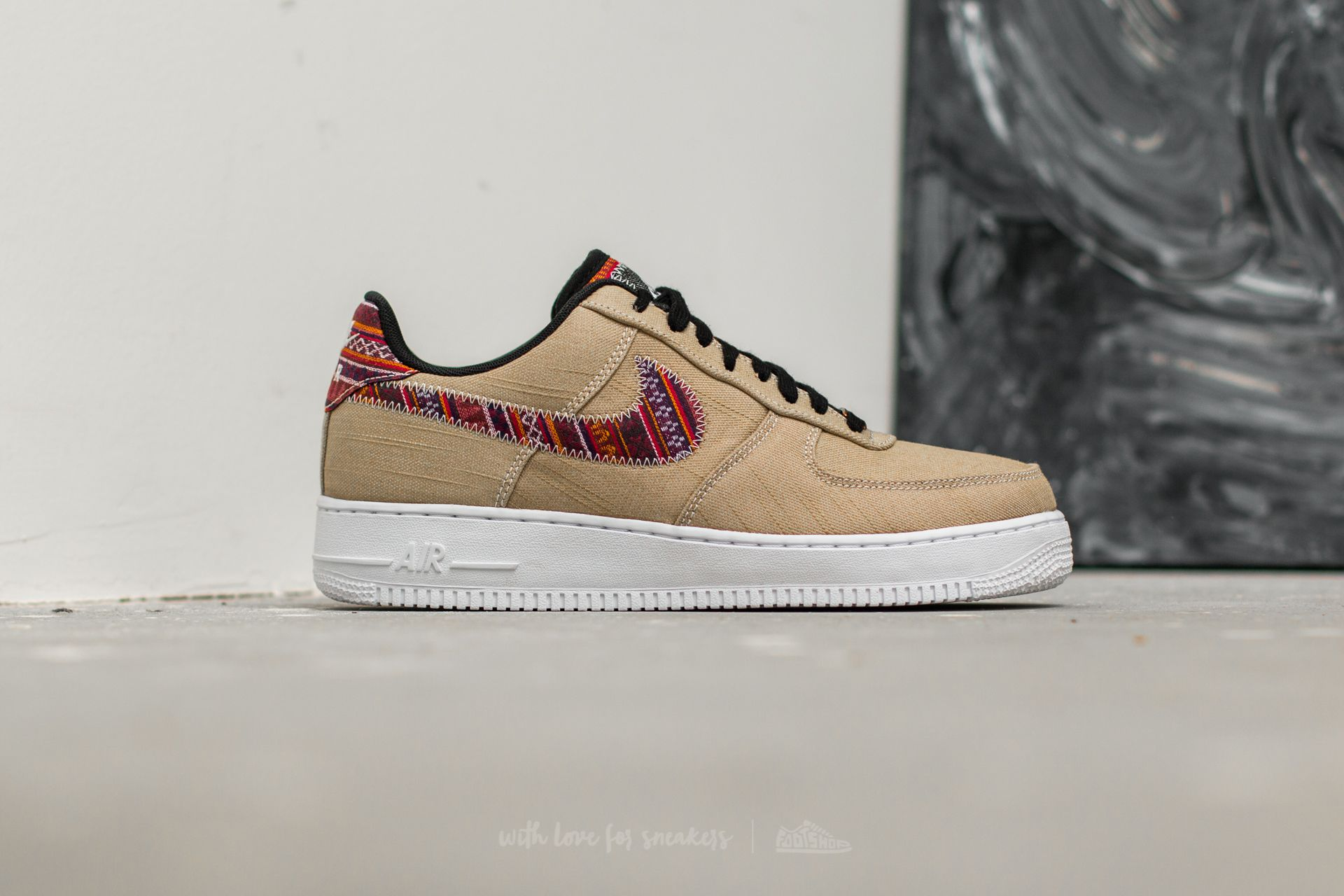 nike air force 1 lv8 khaki