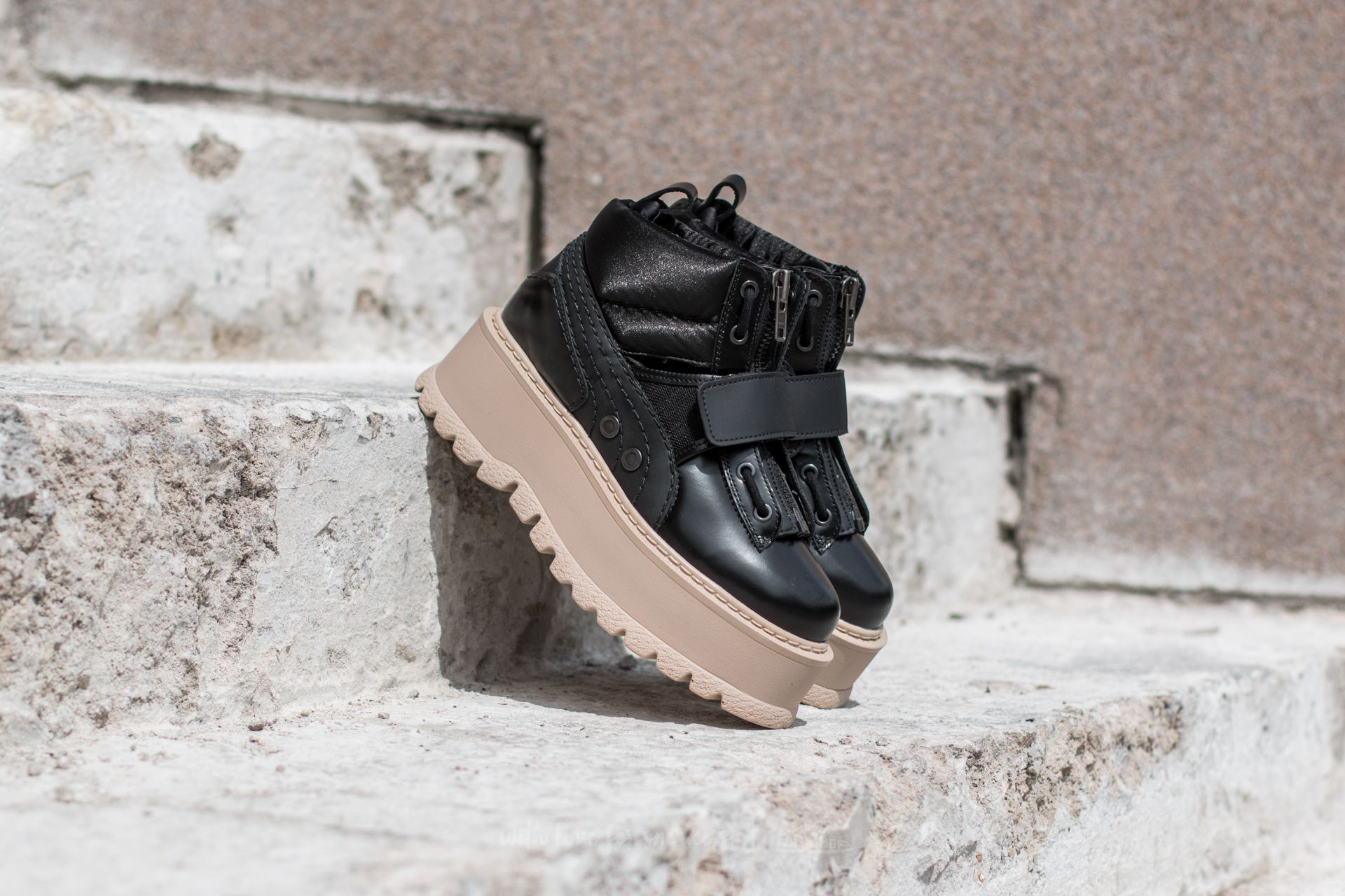 best cheap b5750 8cf45 Puma FENTY Sneaker Boot Strap Wns Puma Black-Puma Black-Pink ...