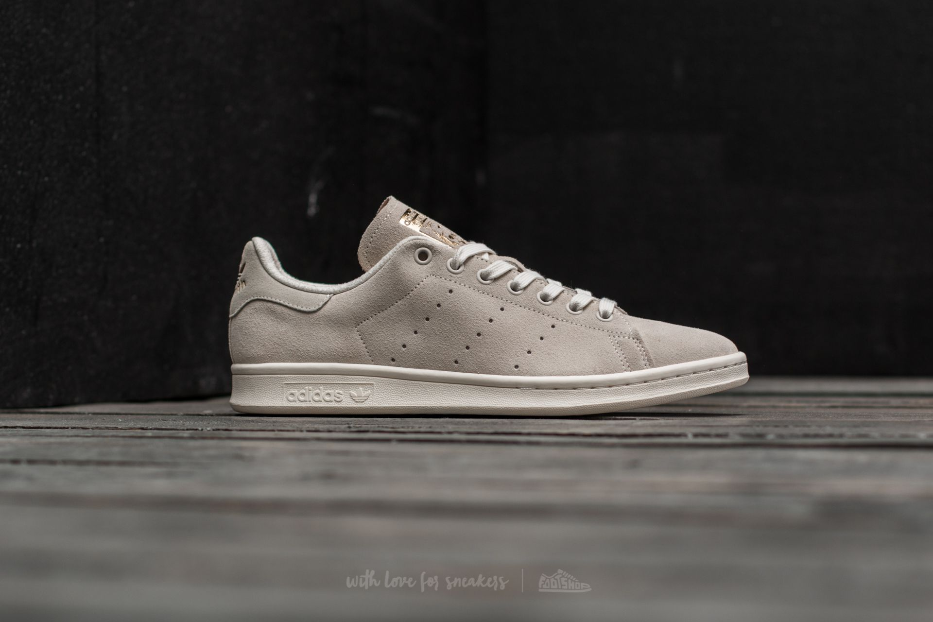 stan smith chalk 2-chalk 2-black 1
