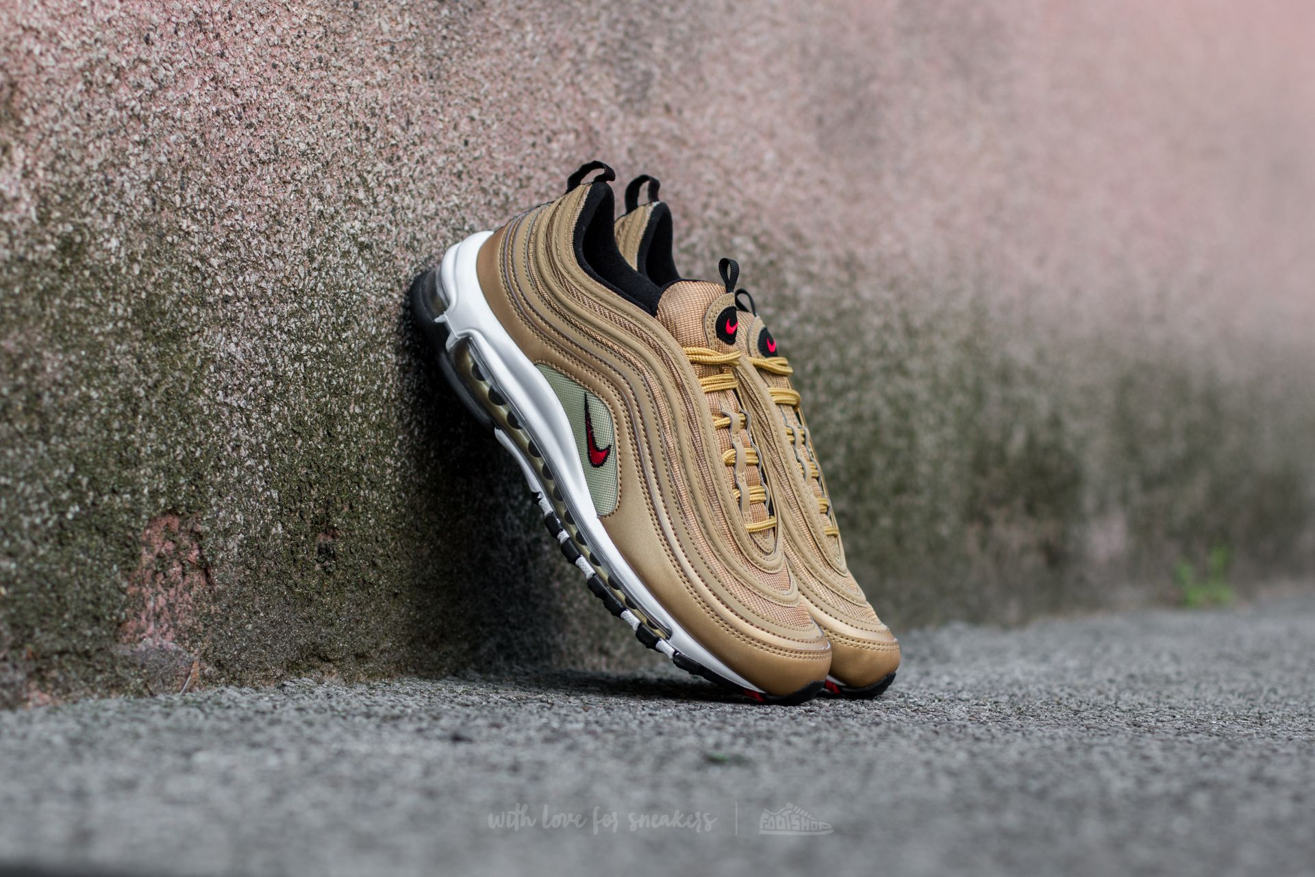 new styles e5937 b53e9 Nike Air Max 97 OG QS Metallic Gold/ Varsity Red | Footshop