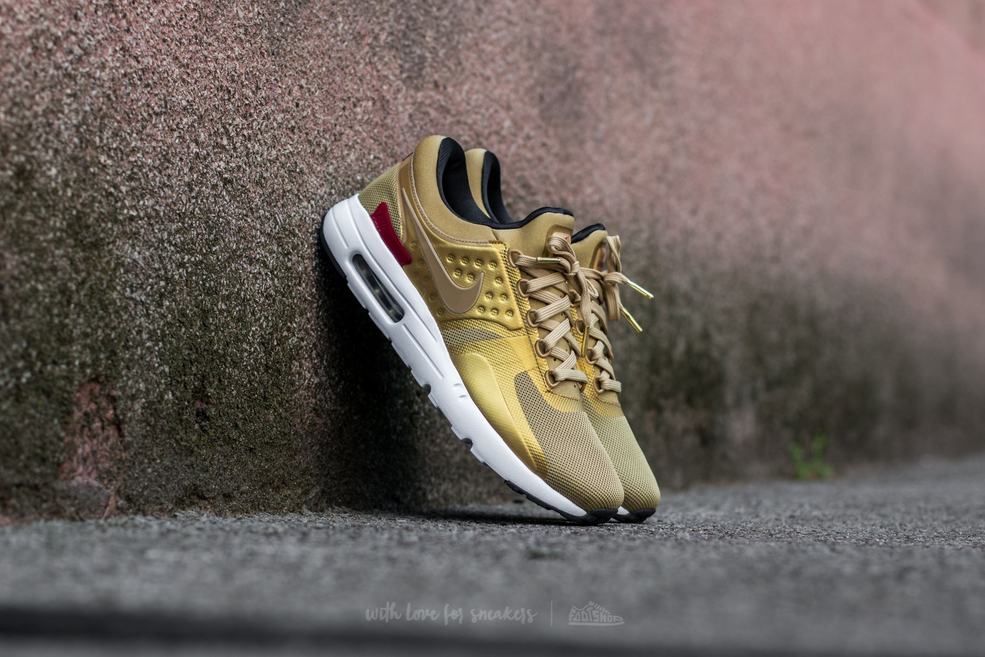 97cf5cfcce596 Nike W Air Max Zero QS Metallic Gold  Varsity Red