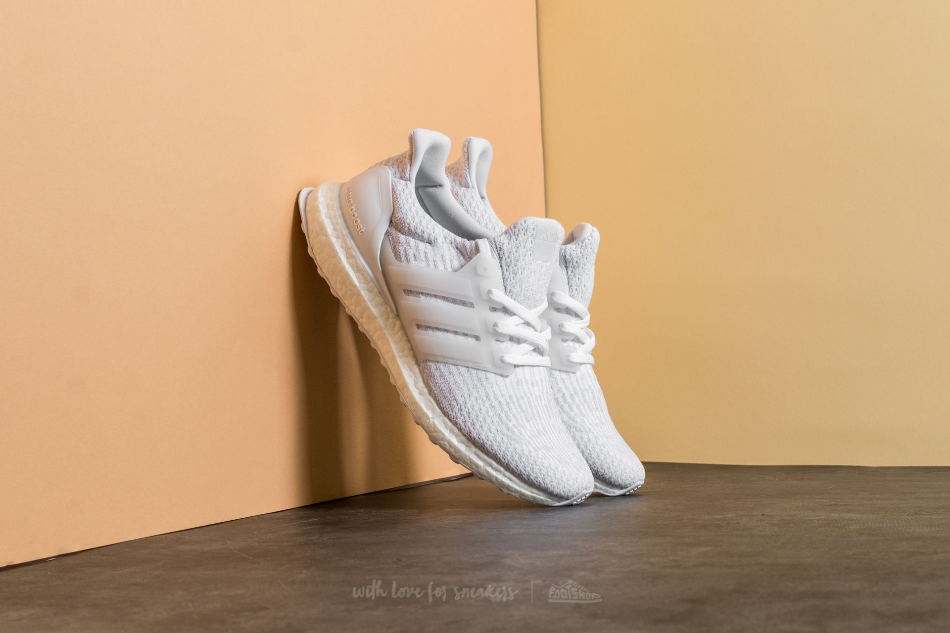 007959e240d7 adidas UltraBoost Ftw White  Crystal White