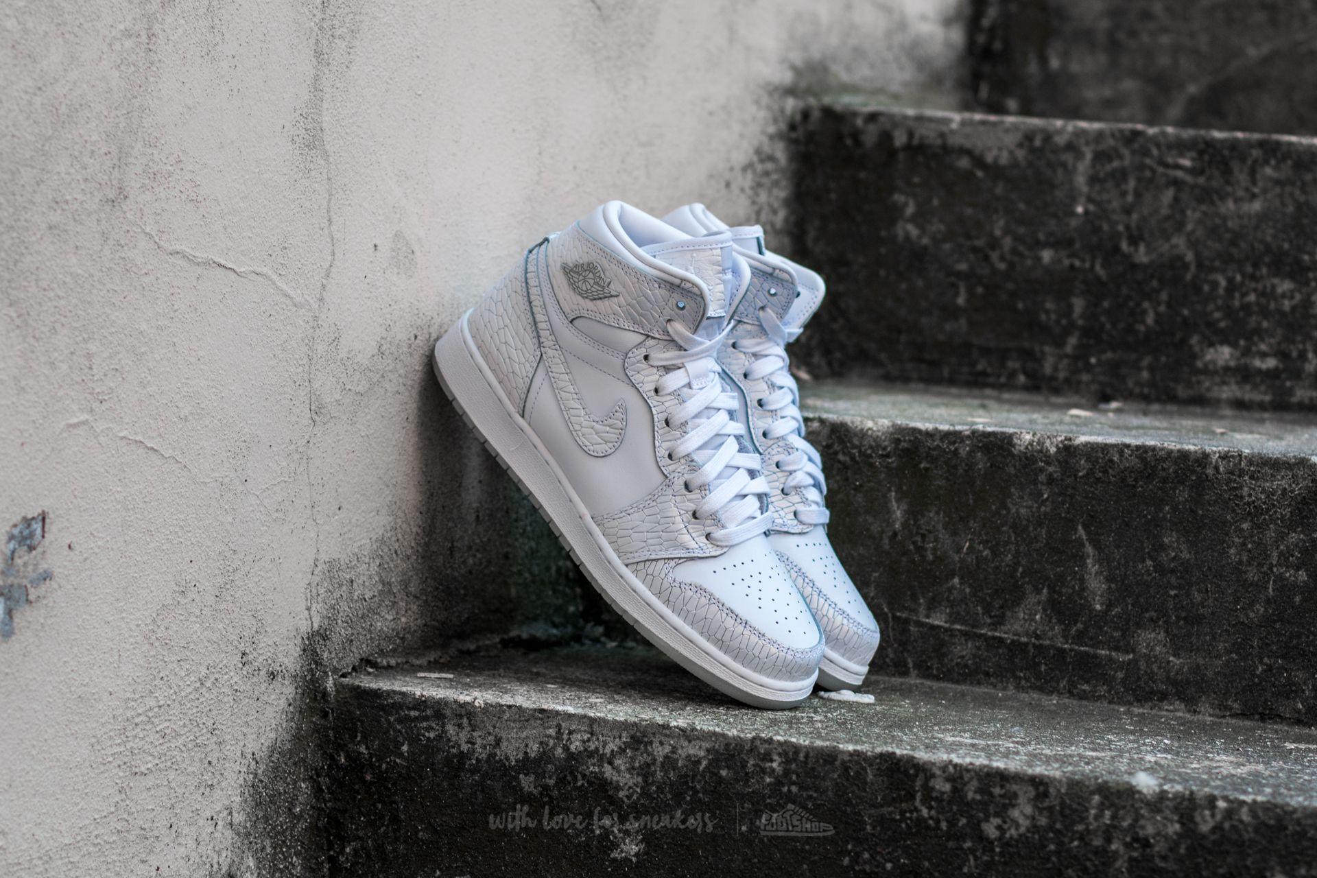 bd4eea8e2447 Air Jordan 1 Retro Hi Premium HC GG White  White-Pure Platinum ...