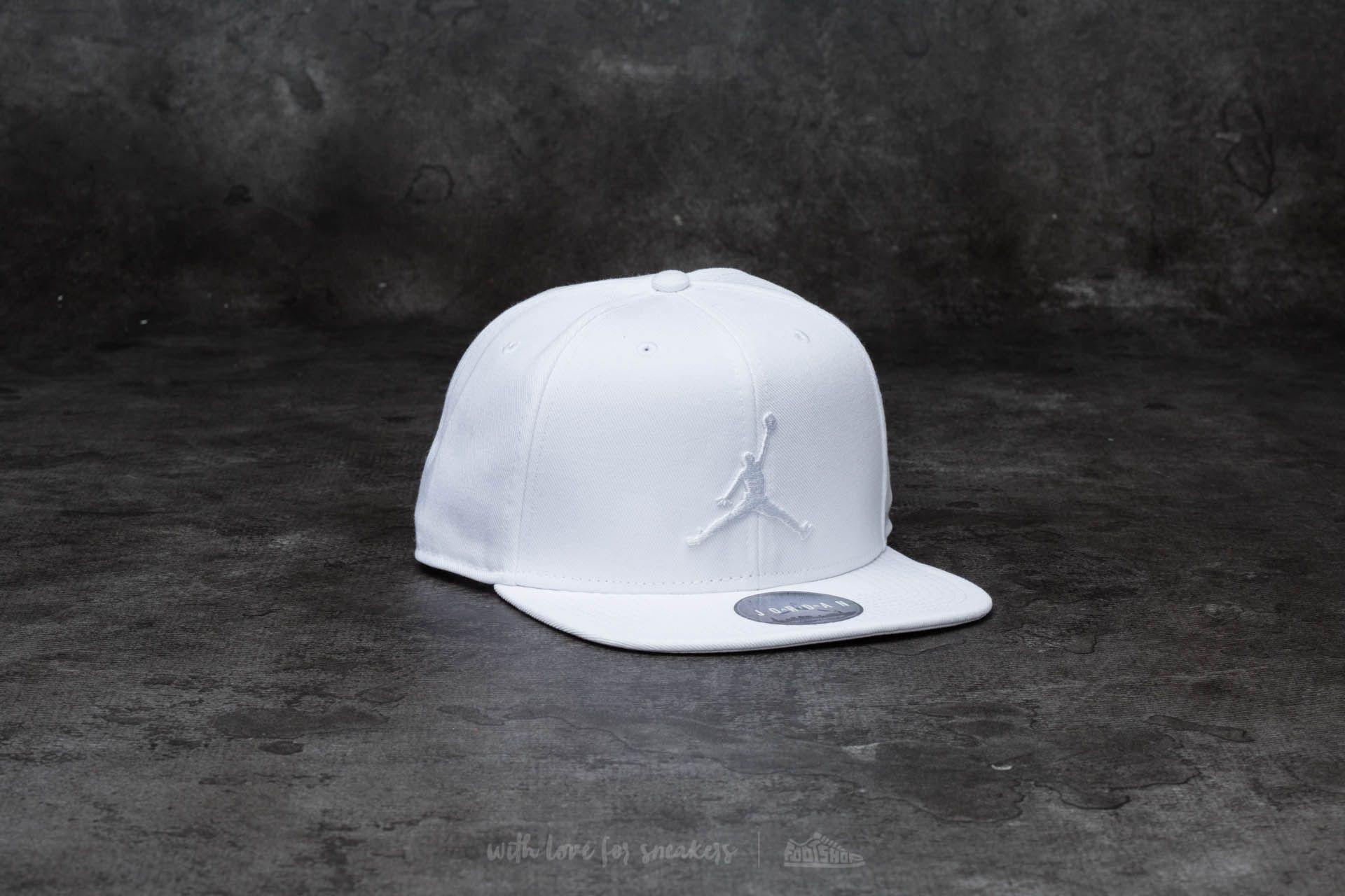 60b4599c4d2 Jordan Jumpman Snapback White