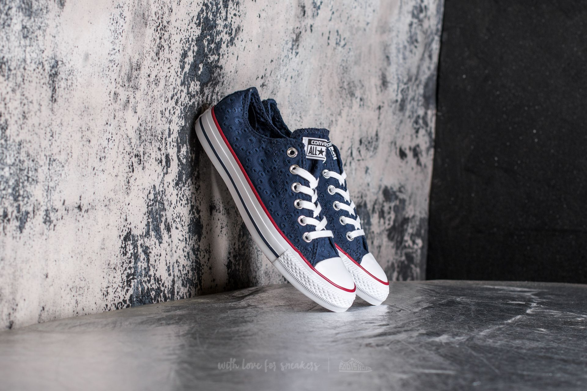 20388367afc5 Converse Chuck Taylor All Star Ox Navy  Garnet  White