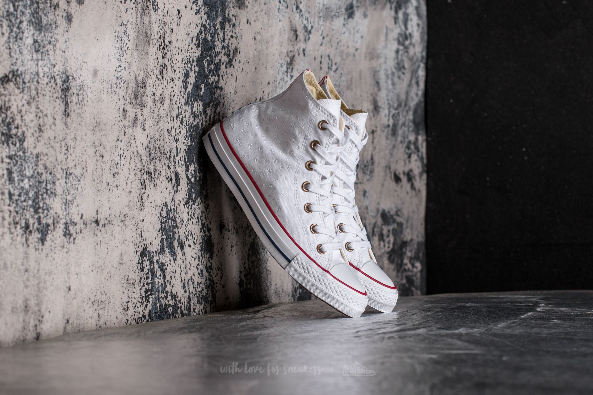 19f5d1db64b638 Converse Chuck Taylor All Star Hi White  Casino Red  Insignia Blue ...