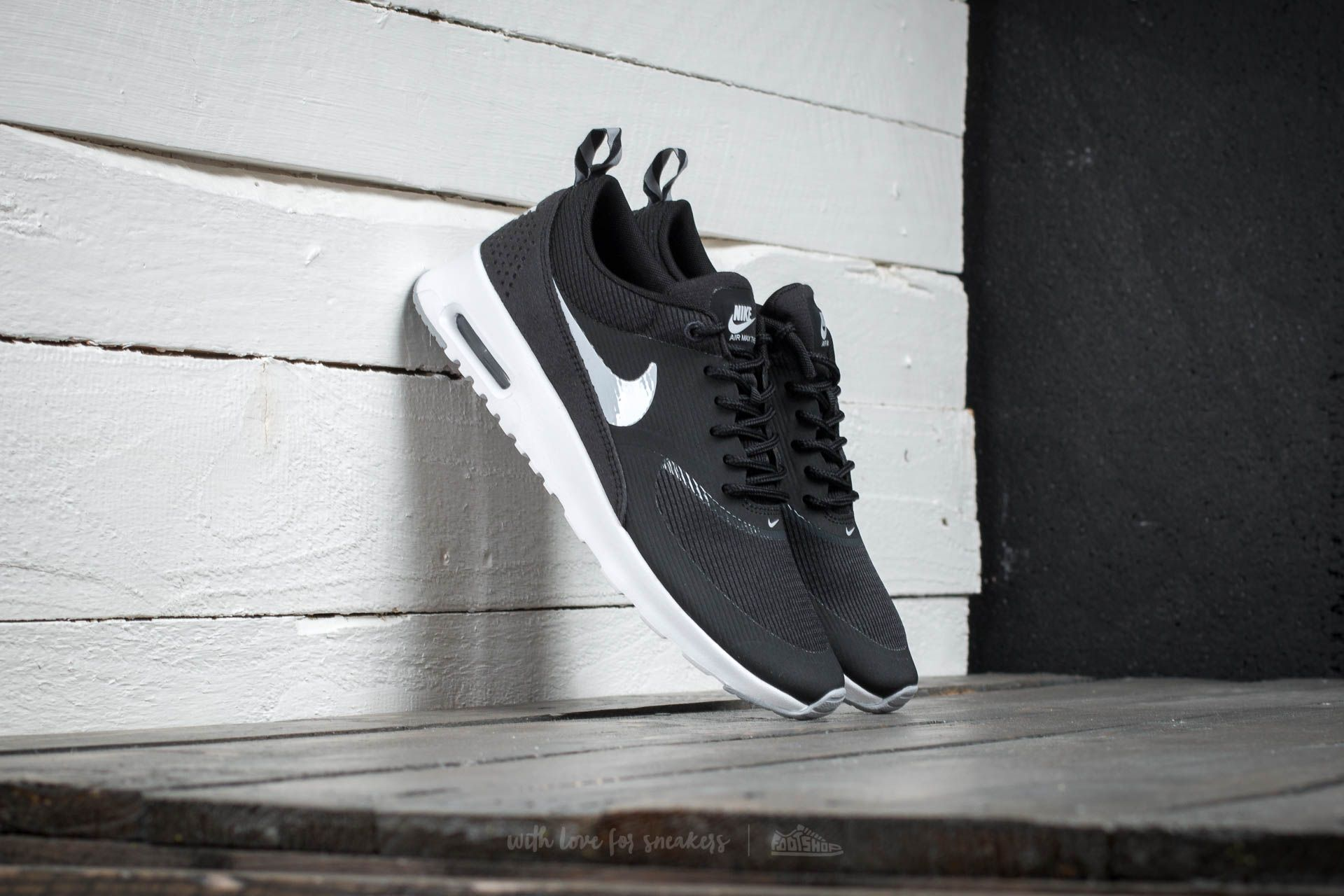 hot sale online 7e5c7 4ebdc Wmns Nike Air Max Thea. Black  Wolf Grey Anthracite White