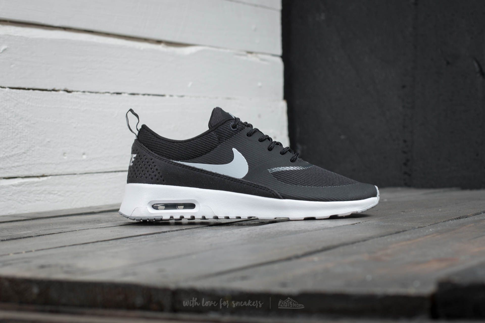 Nike Gray Wmns Air Max Thea Black Wolf Grey Anthracite White