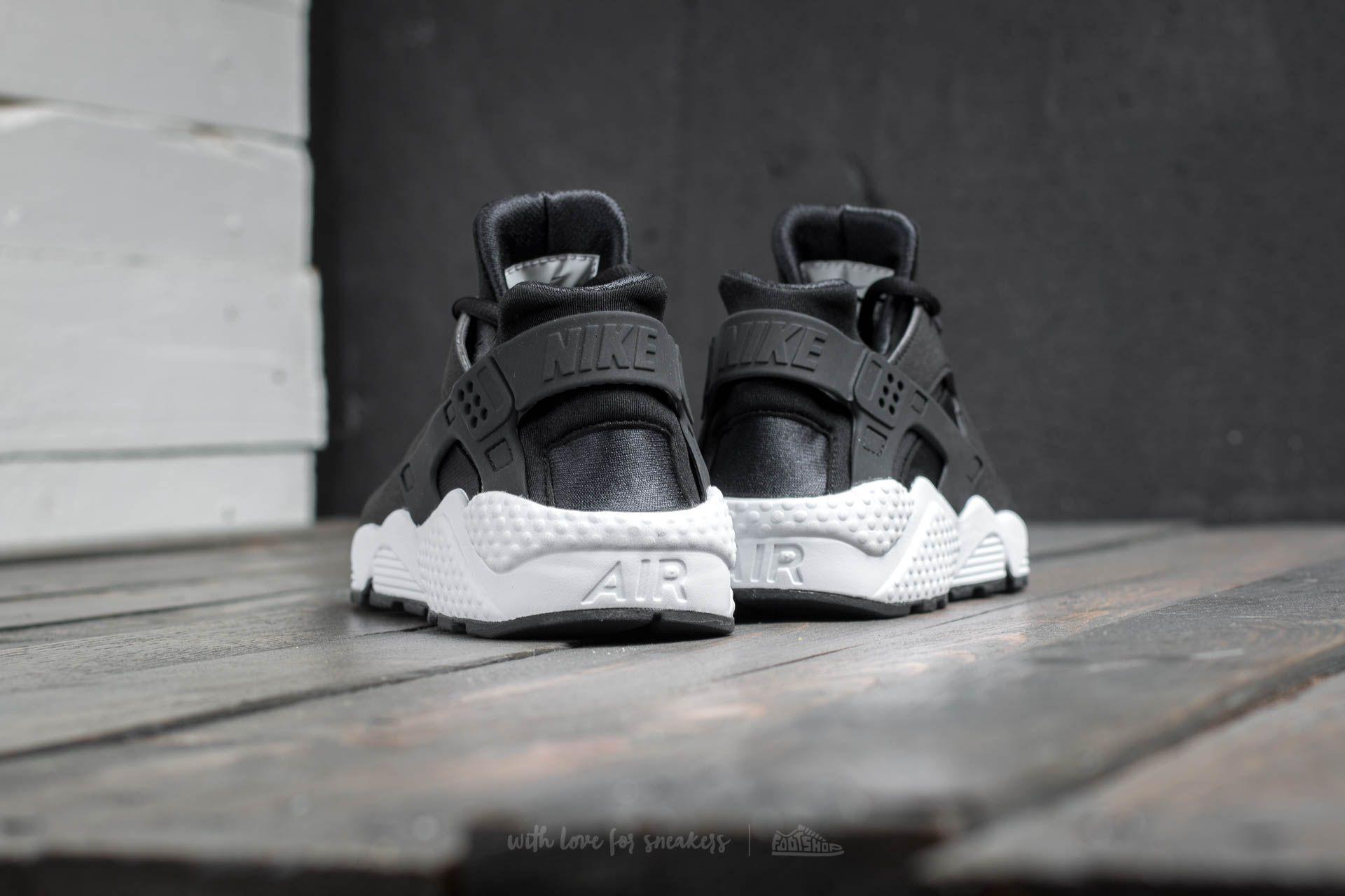 Nike Air Huarache Run Black  Black  White at a great price  142 buy at d9a8f44e958d