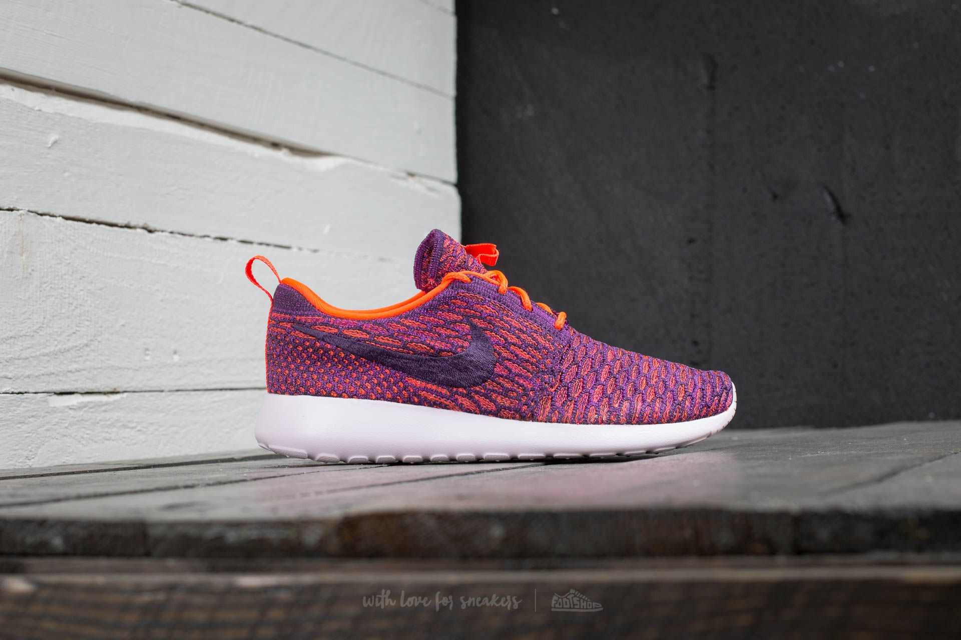 e007d1214dbf1 ... coupon code for nike wmns roshe one flyknit total crimson grnd purple  vvd purple ced76 32ba0