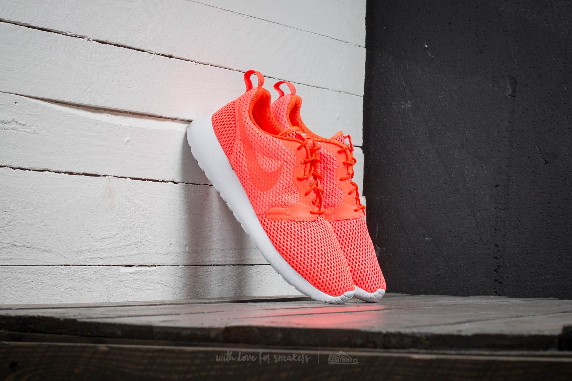 watch ff09a 9d7c8 Nike Roshe One Hyp BR Total Crimson  Total Crimson- White