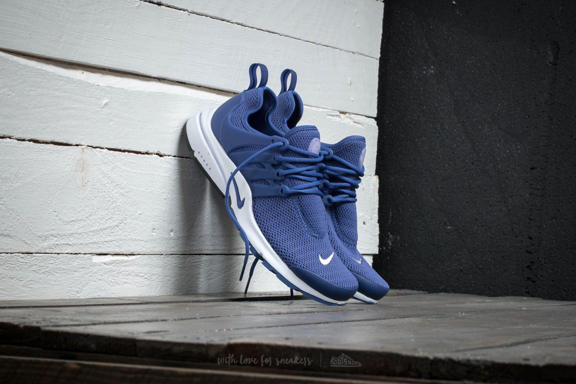 244ca0318261 Nike Wmns Air Presto. Dark Purple Dust  Dark Purple Dust - Bleached Lilac